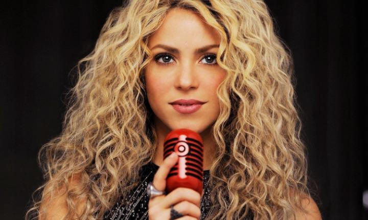 ¿Shakira tiene problemas con su cabello?