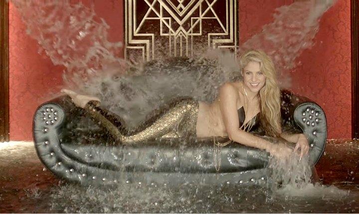 Shakira sorprende a transeúntes en Nueva York