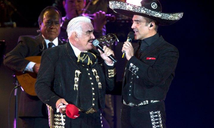 Alejandro Fernández prueba que su padre sigue cantando