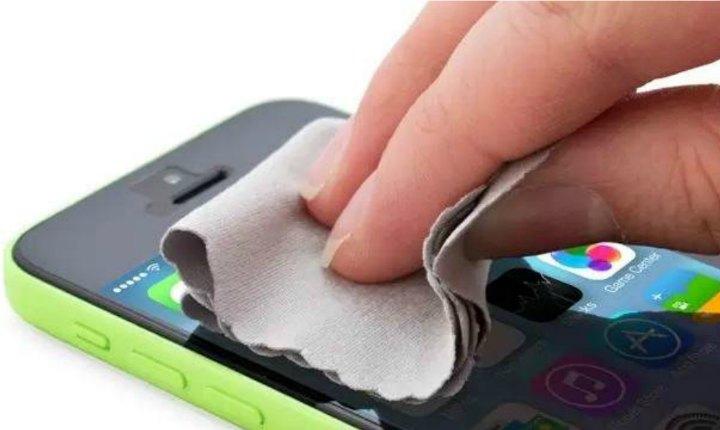 Los hábitos que debes dejar si quieres conservar tu smartphone
