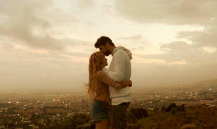 Shakira estrena videoclip de 'Me Enamoré'