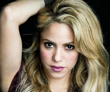 Shakira lamenta la muerte de uno de sus fanáticos